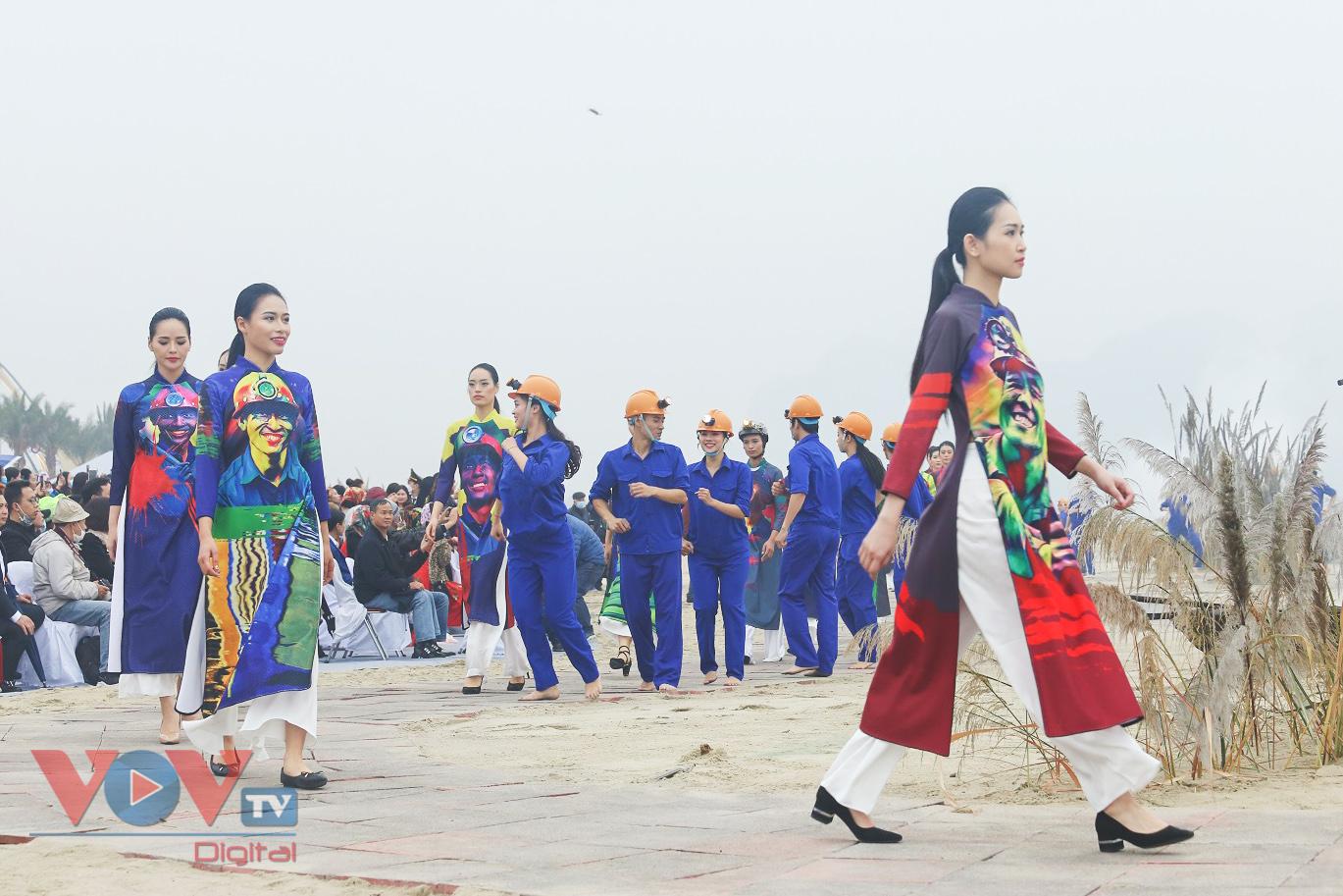 Độc đáo Festival áo dài Quảng Ninh 2020: Về miền di sản - Ảnh 8.
