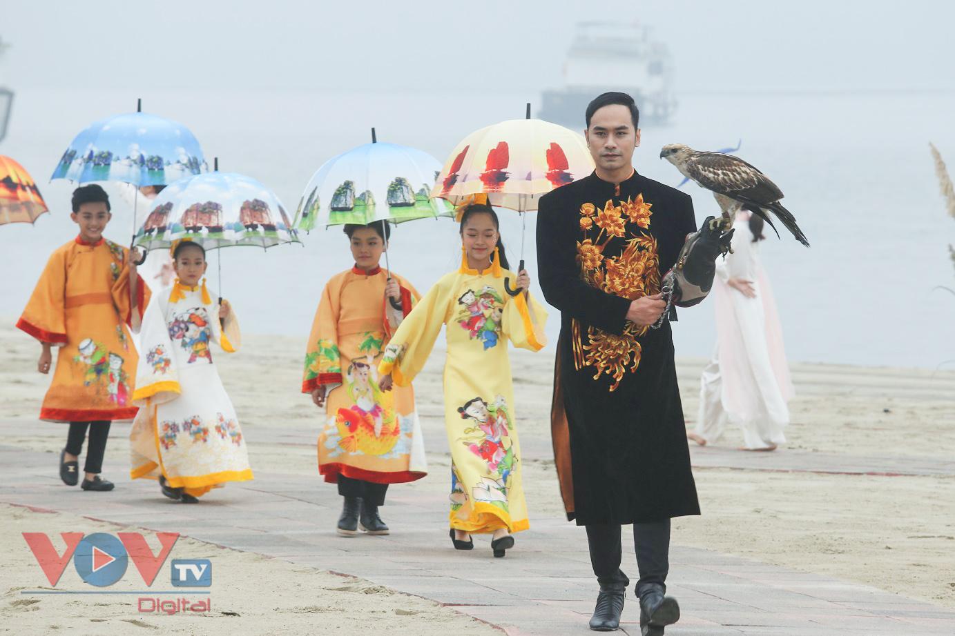 Độc đáo Festival áo dài Quảng Ninh 2020: Về miền di sản - Ảnh 10.
