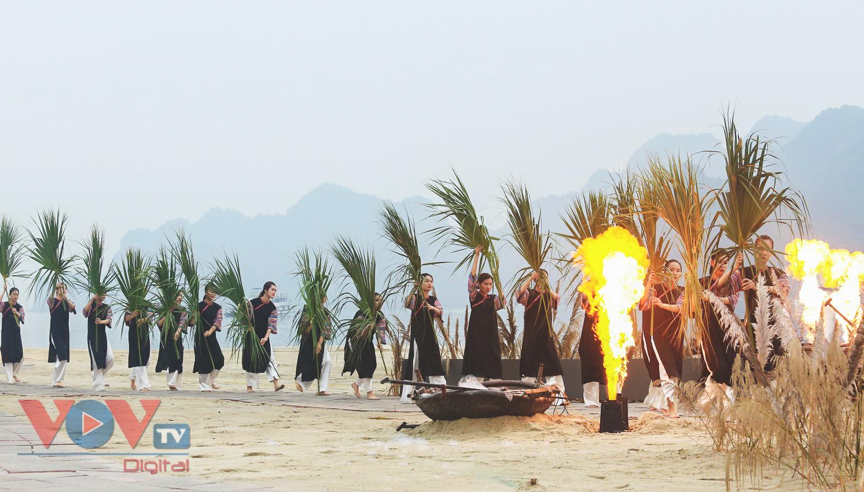 Độc đáo Festival áo dài Quảng Ninh 2020: Về miền di sản - Ảnh 12.