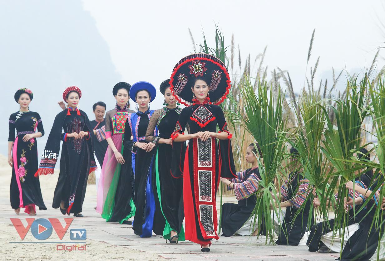 Độc đáo Festival áo dài Quảng Ninh 2020: Về miền di sản - Ảnh 14.