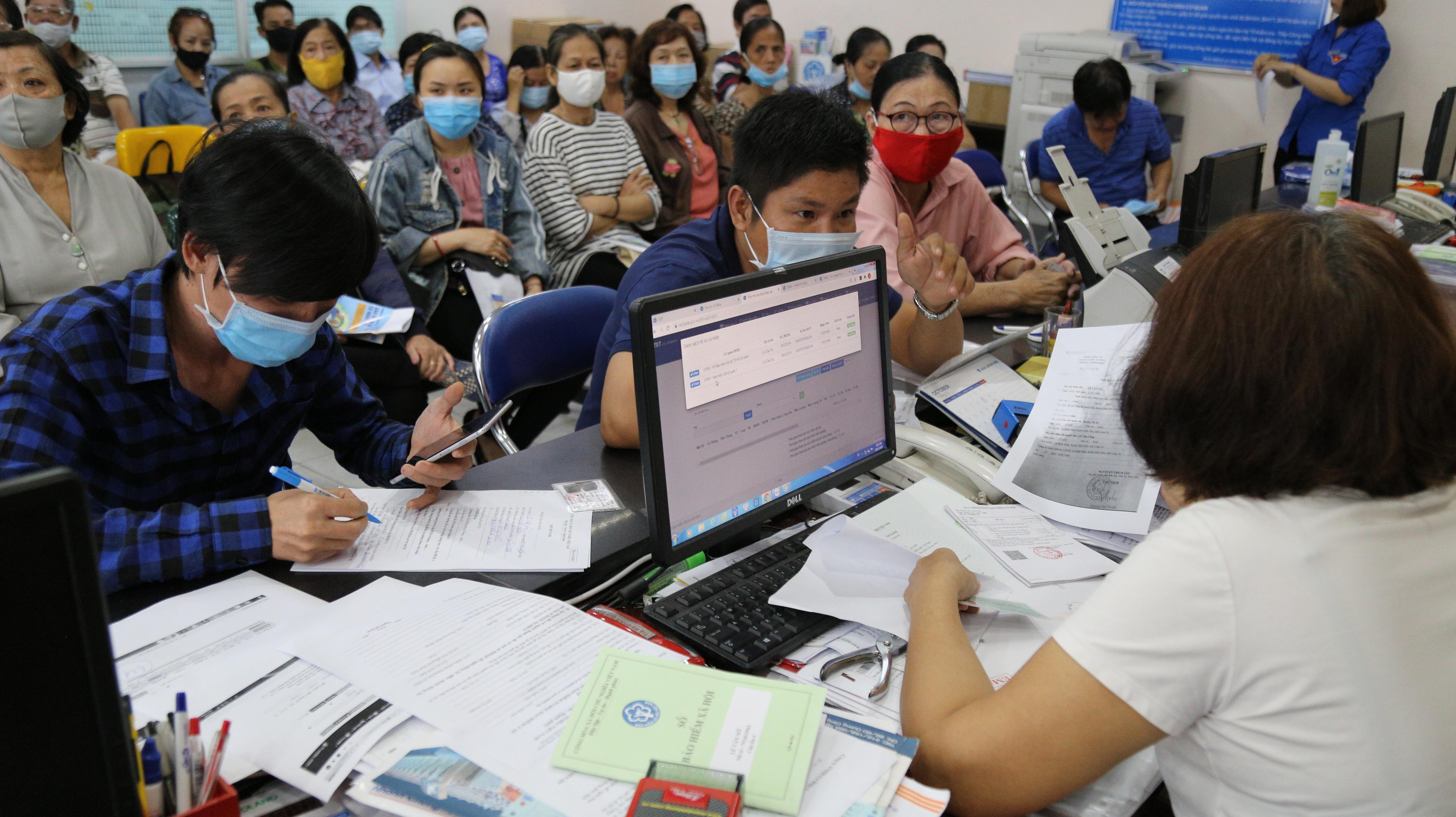 Hôm nay (1/1): Áp dụng các chính sách mới tới hàng chục triệu lao động - Ảnh 6.