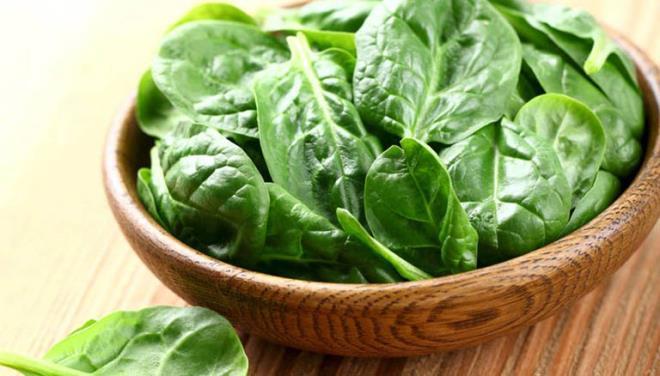 Những loại rau nào không nên dùng để ăn lẩu? - Ảnh 1.