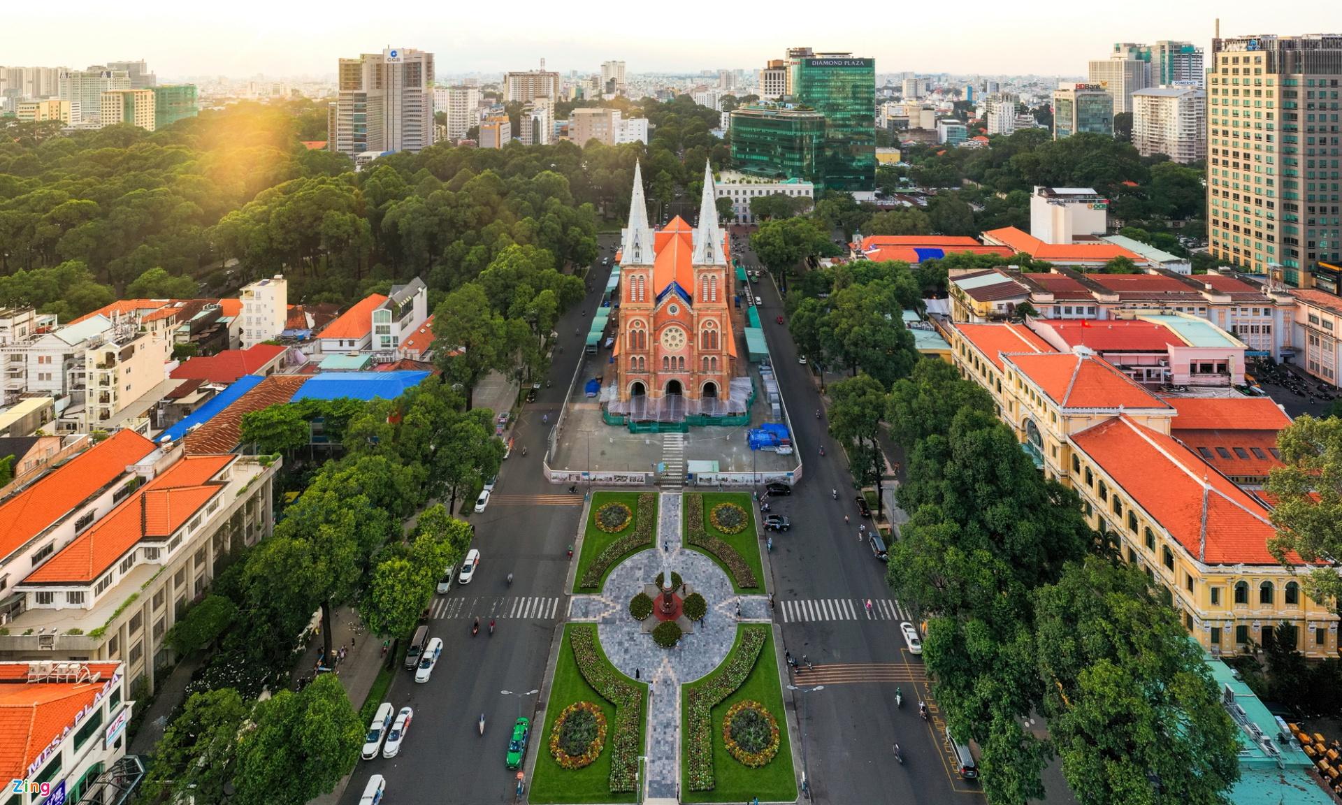 10 địa điểm hút khách nước ngoài ở TP.HCM - Ảnh 8.