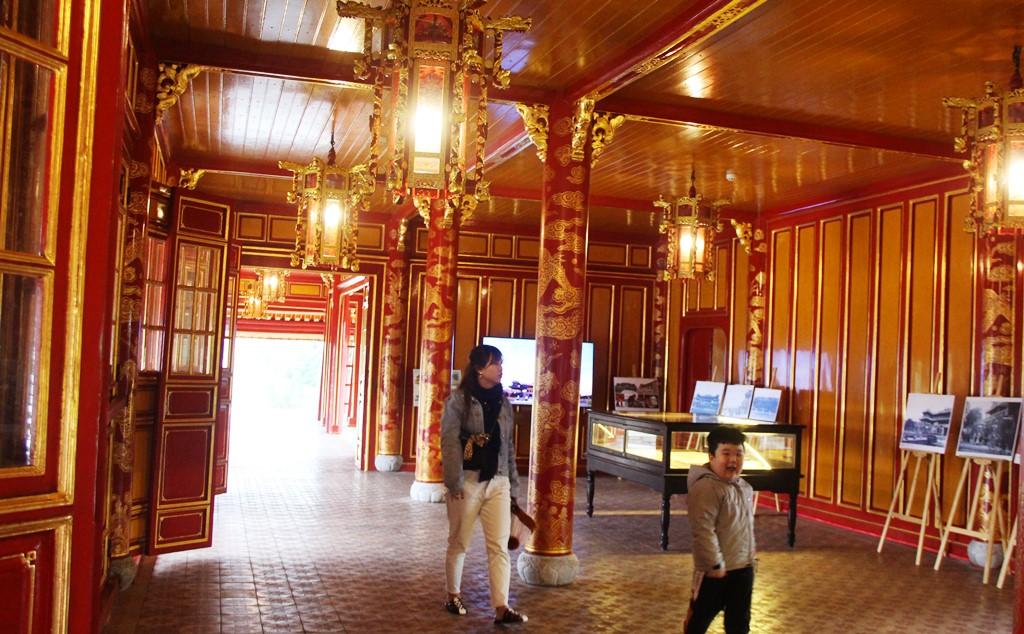Huế: Ngọ Môn mở cửa đón khách sau thời gian dài trùng tu  - Ảnh 3.