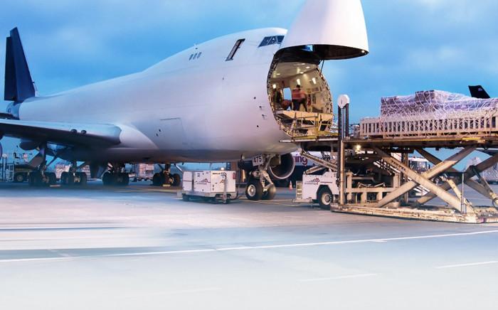 Đề nghị 'Vua hàng hiệu' làm việc với Bộ GTVT về việc lập hãng bay - Ảnh 1.