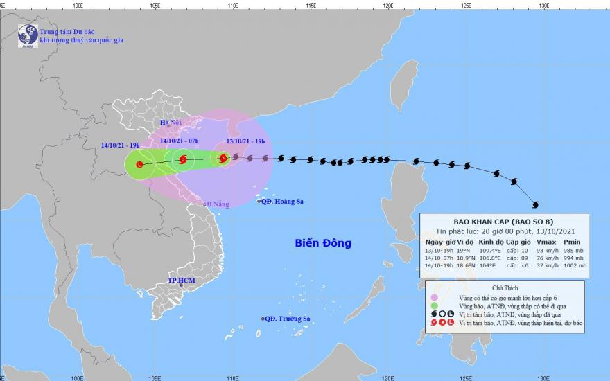 Sáng mai bão số 8 vào tới vùng biển từ Nam Định đến Quảng Bình - Ảnh 1.