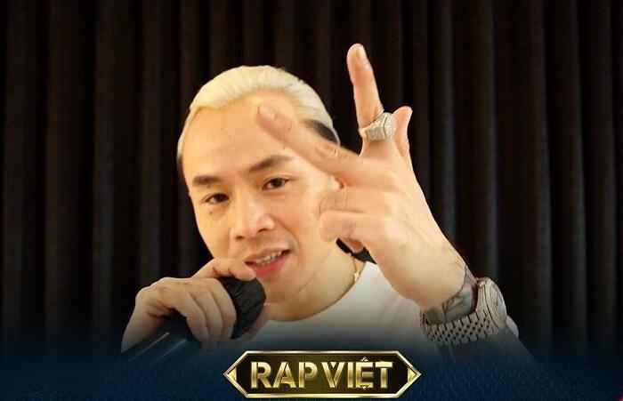 Rap Việt mùa 2 chưa 'khai hỏa', Wowy đã gây hài với mái tóc 'úp tô' - Ảnh 3.