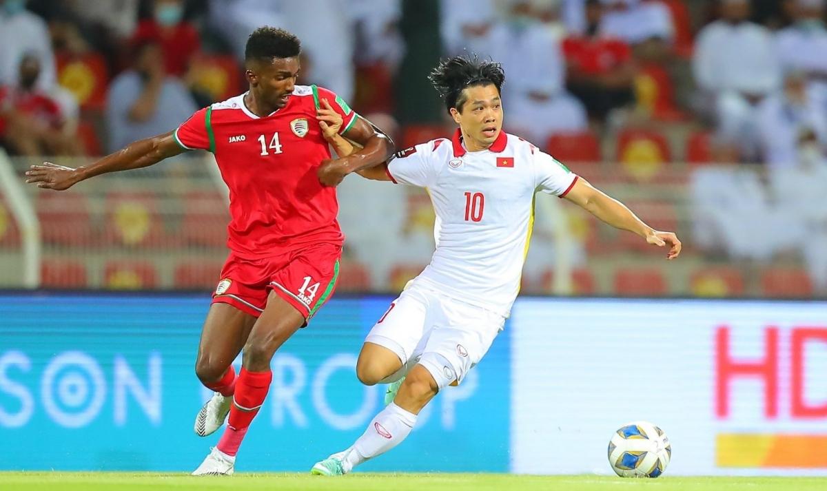Dư âm Oman 3-1 Việt Nam: Nỗ lực thay đổi bất thành của HLV Park Hang Seo - Ảnh 1.