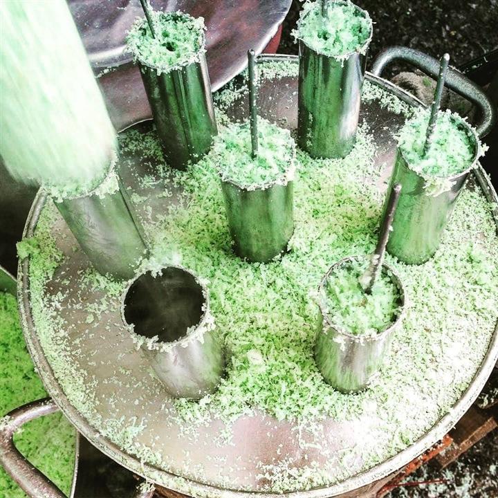 Bánh ống lá dứa - món ăn dân dã 'kéo cả một bầu trời' ký ức ùa về - Ảnh 3.