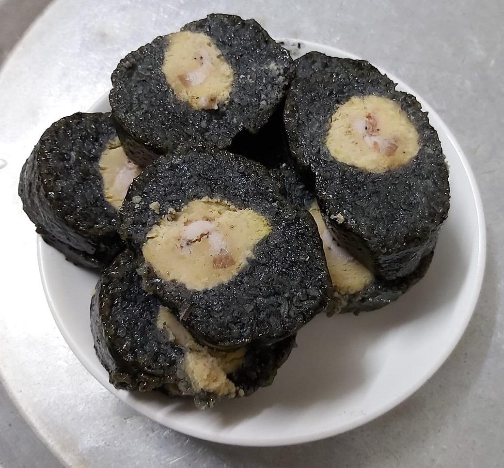 Lạ lùng món bánh 'hạ hỏa' là đặc sản... chọn vợ của trai tráng vùng cao - Ảnh 2.