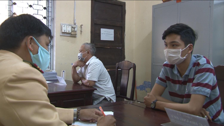 Thừa Thiên Huế: Xác định nam thanh niên liên quan đến vụ tai nạn giao thông làm 1 người chết - Ảnh 1.