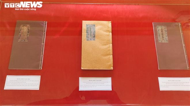 Ảnh: Cận cảnh thư tịch cổ trong kho lưu trữ tài liệu quốc gia triều Nguyễn - Ảnh 4.