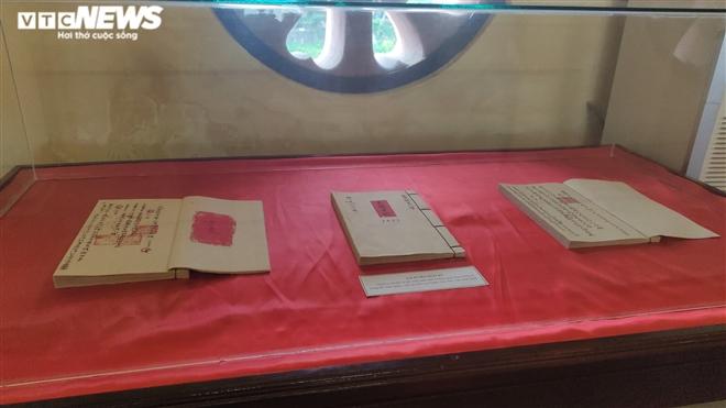 Ảnh: Cận cảnh thư tịch cổ trong kho lưu trữ tài liệu quốc gia triều Nguyễn - Ảnh 3.