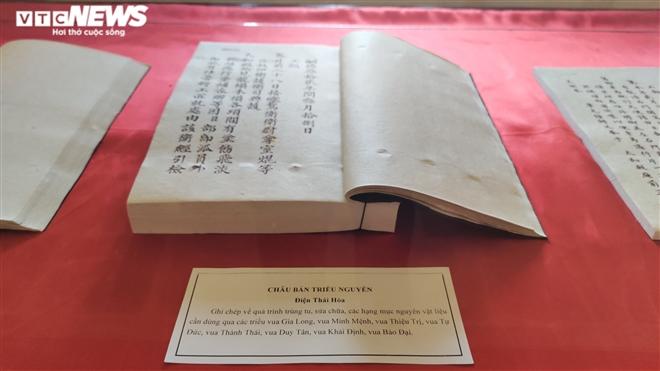 Ảnh: Cận cảnh thư tịch cổ trong kho lưu trữ tài liệu quốc gia triều Nguyễn - Ảnh 6.
