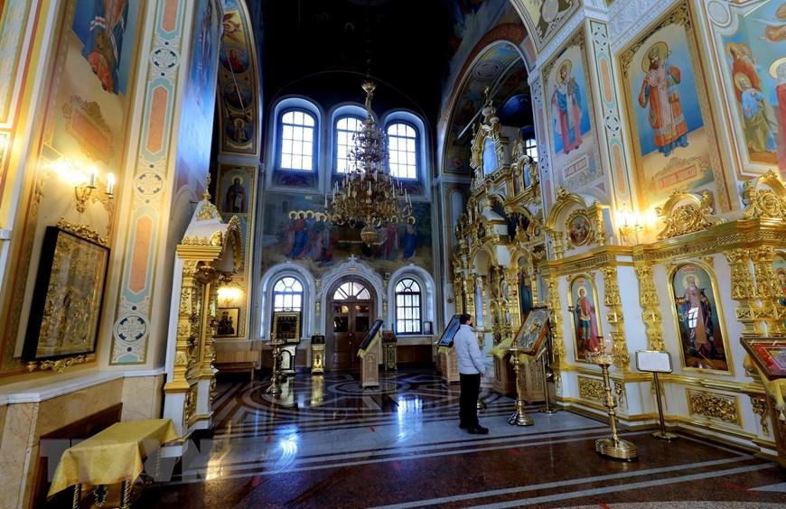 Ngôi đền thiêng của những người thợ rèn súng Kalashnikov - Ảnh 9.