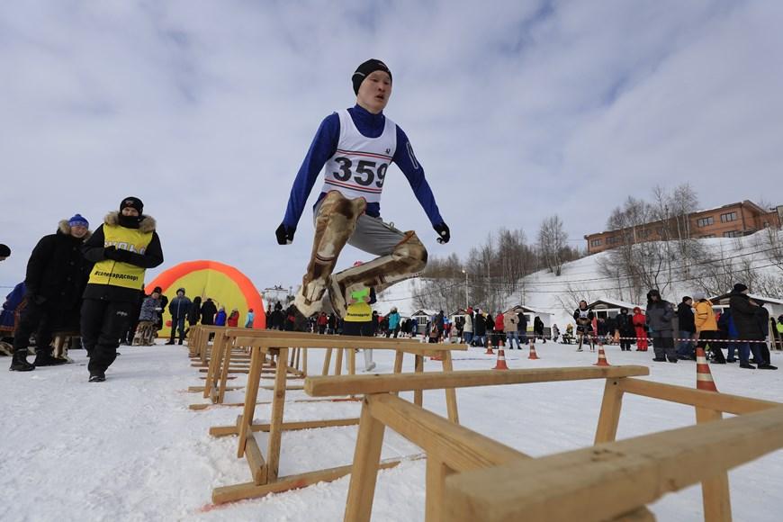 Rực rỡ sắc màu lễ hội người chăn hươu phương Bắc Nga - Ảnh 11.