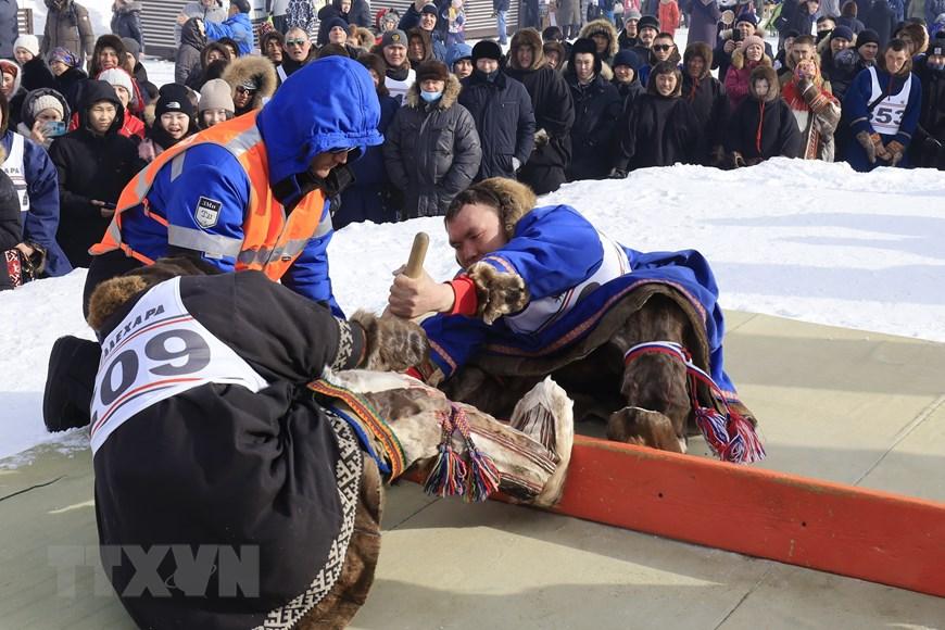 Rực rỡ sắc màu lễ hội người chăn hươu phương Bắc Nga - Ảnh 12.