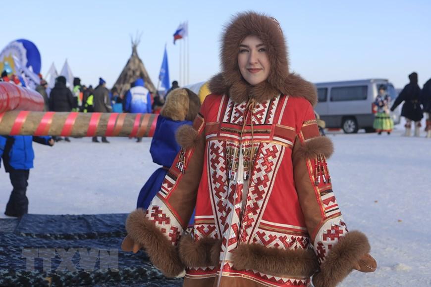 Rực rỡ sắc màu lễ hội người chăn hươu phương Bắc Nga - Ảnh 14.