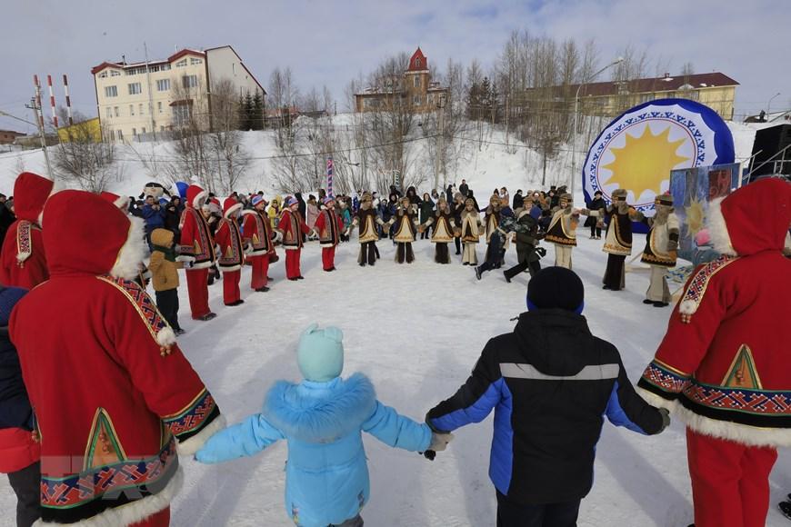 Rực rỡ sắc màu lễ hội người chăn hươu phương Bắc Nga - Ảnh 16.