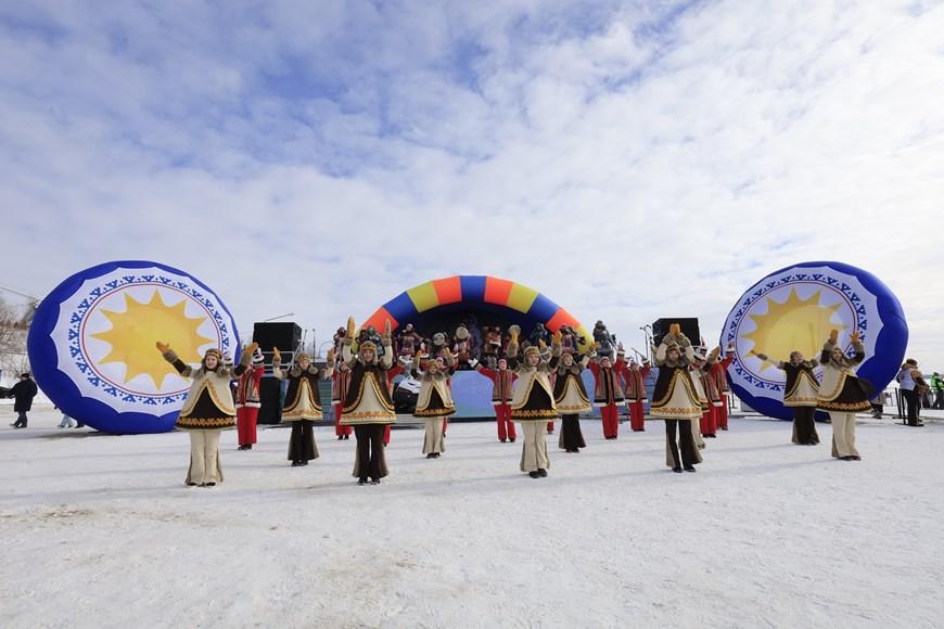Rực rỡ sắc màu lễ hội người chăn hươu phương Bắc Nga - Ảnh 18.