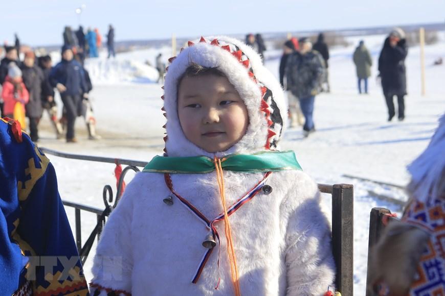 Rực rỡ sắc màu lễ hội người chăn hươu phương Bắc Nga - Ảnh 3.