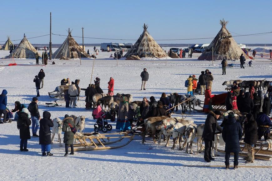 Rực rỡ sắc màu lễ hội người chăn hươu phương Bắc Nga - Ảnh 6.