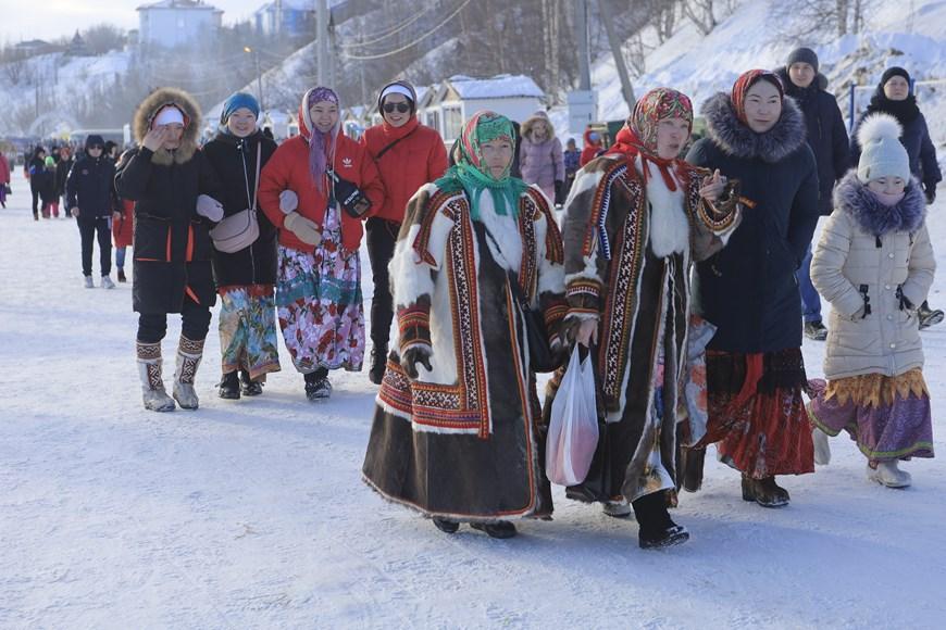 Rực rỡ sắc màu lễ hội người chăn hươu phương Bắc Nga - Ảnh 8.