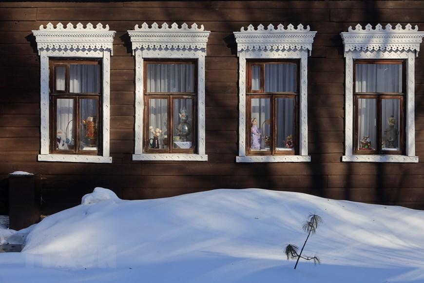 Vẻ đẹp cổ kính của những ngôi nhà hơn trăm tuổi ở Udmurtia  - Ảnh 7.