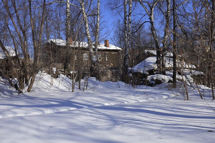Vẻ đẹp cổ kính của những ngôi nhà hơn trăm tuổi ở Udmurtia  - Ảnh 8.