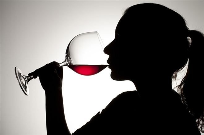 5 quy tắc cơ bản khi uống rượu vang - Ảnh 2.