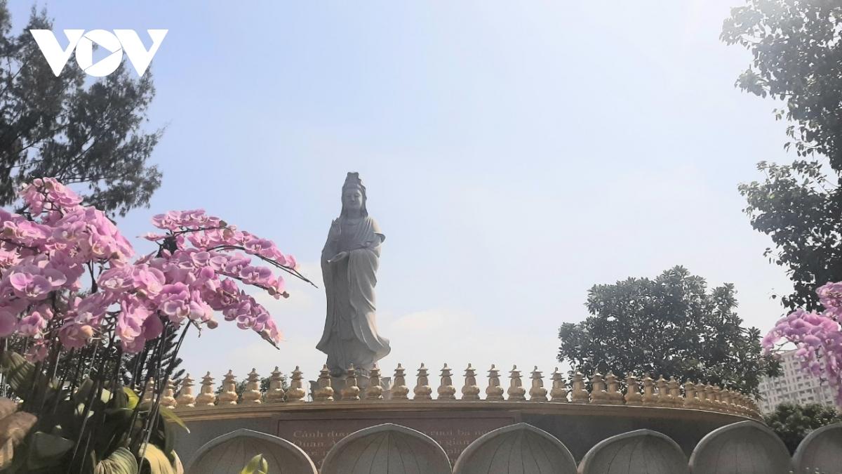 Thăm ngôi chùa có khuôn viên rộng tới 20.000m2 - Ảnh 3.