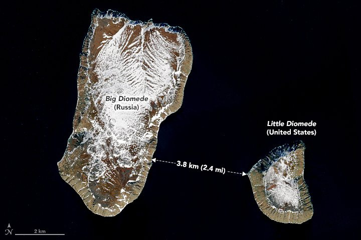 Lạ kỳ hai hòn đảo cách nhau 4km có thể 'quay ngược thời gian' - Ảnh 1.