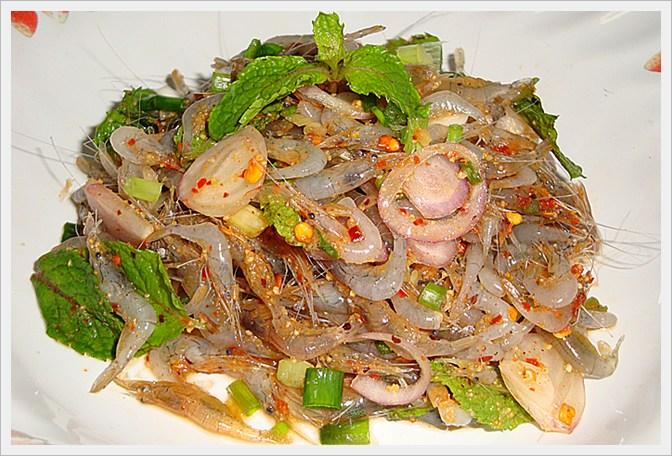 10 món ăn kỳ lạ nhất định phải thử khi du lịch đến Thái Lan - Ảnh 5.