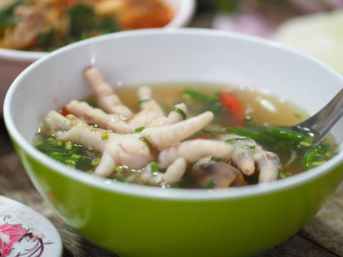 10 món ăn kỳ lạ nhất định phải thử khi du lịch đến Thái Lan - Ảnh 9.
