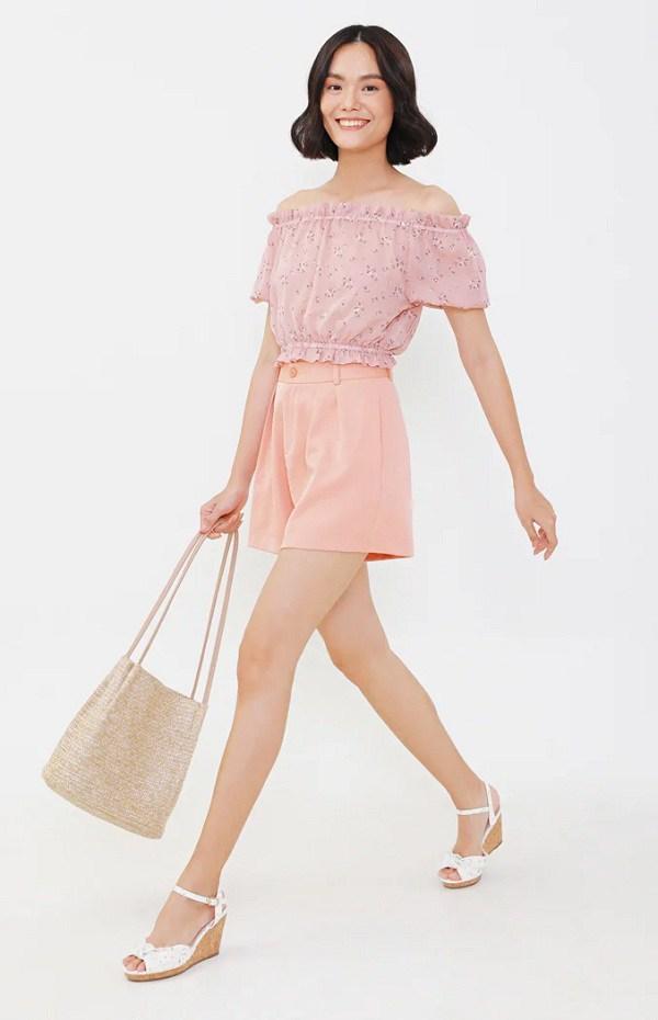 Đây là kiểu quần mốt nhất hè này, hội quý cô sành điệu hay diện để trông cao và gầy - Ảnh 12.