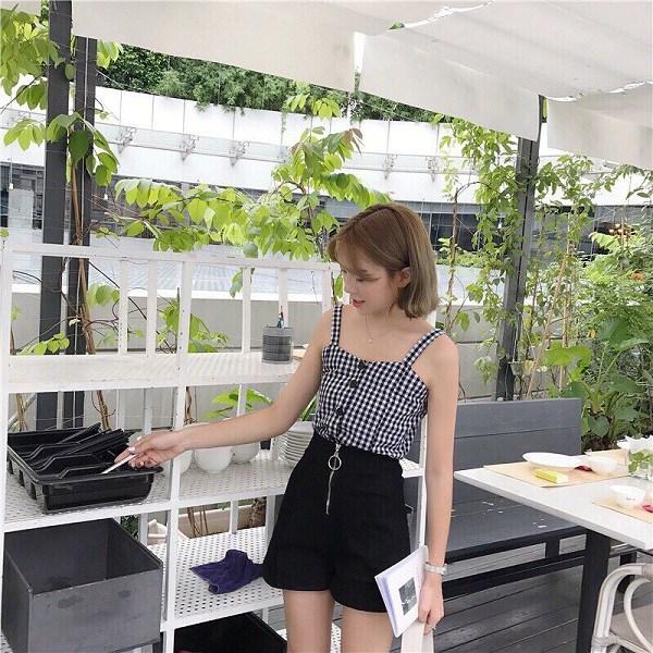 Đây là kiểu quần mốt nhất hè này, hội quý cô sành điệu hay diện để trông cao và gầy - Ảnh 13.