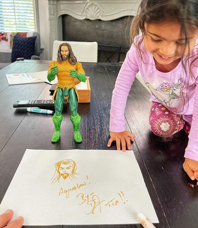 Con gái The Rock là fan của 'Aquaman' Jason Momoa - Ảnh 2.