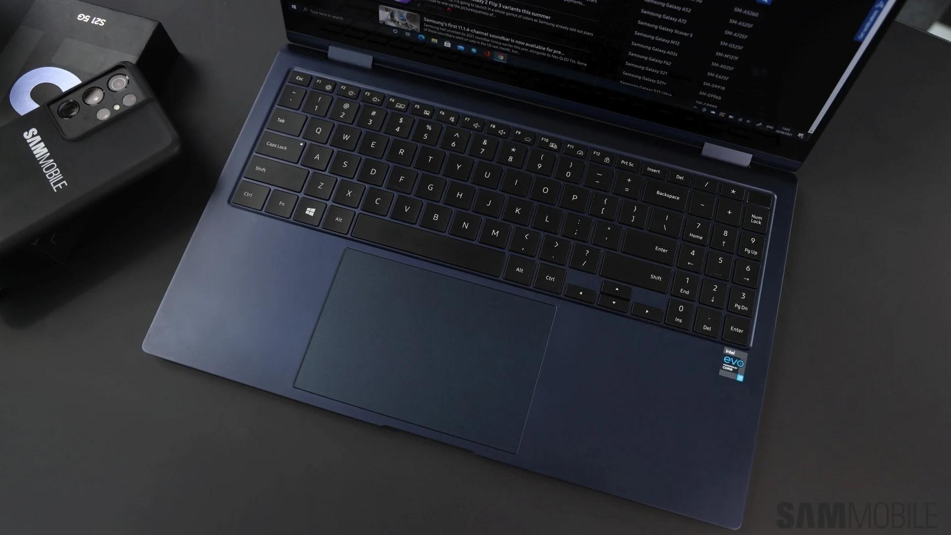 Samsung ra mắt laptop Windows màn hình OLED, nặng chưa tới 1 kg - Ảnh 10.
