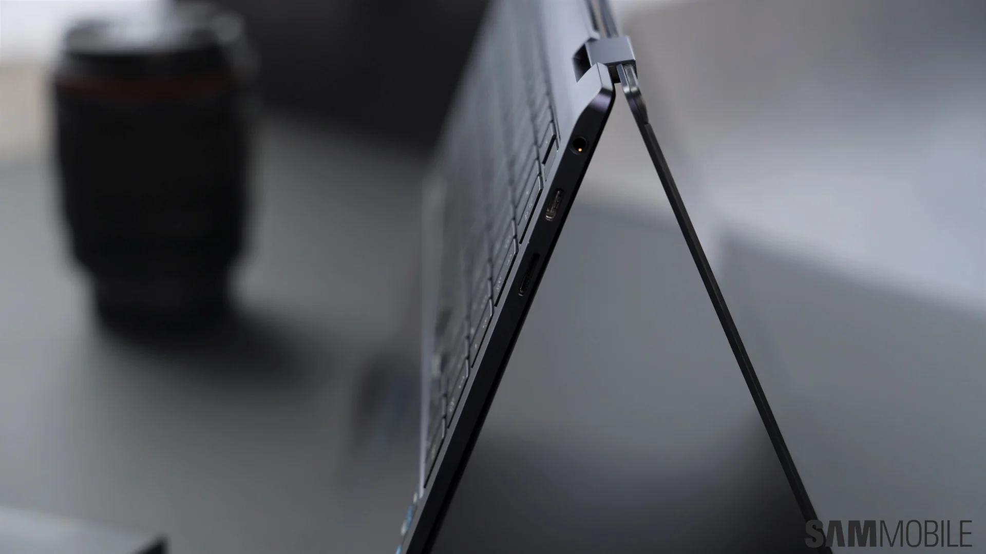Samsung ra mắt laptop Windows màn hình OLED, nặng chưa tới 1 kg - Ảnh 11.