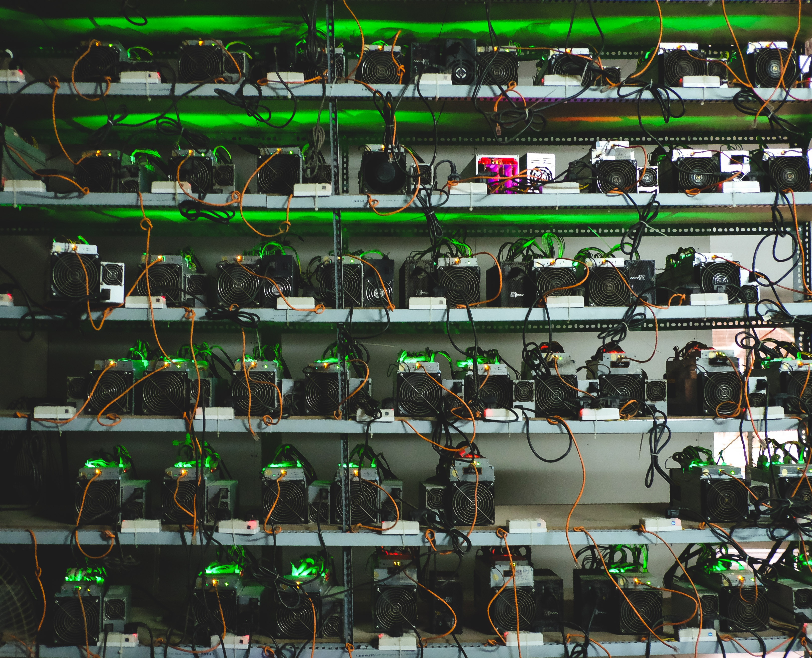 Bitcoin vừa lập kỷ lục mới, thách thức mọi hệ thống 'trâu cày' - Ảnh 2.