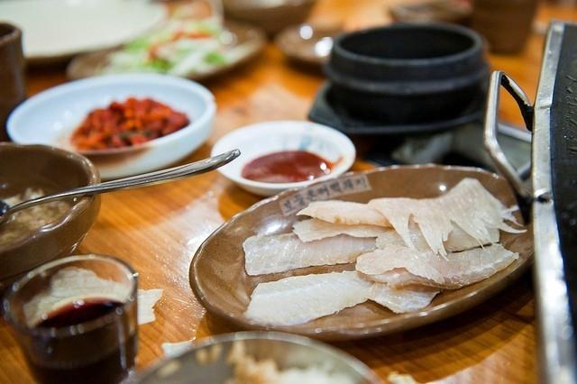 6 món ăn kỳ lạ mà ít người dám thử ở Hàn Quốc - Ảnh 4.