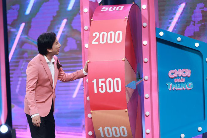 'Thánh ăn gian' Kim Tử Long có hành động gây cảm phục trên truyền hình - Ảnh 5.