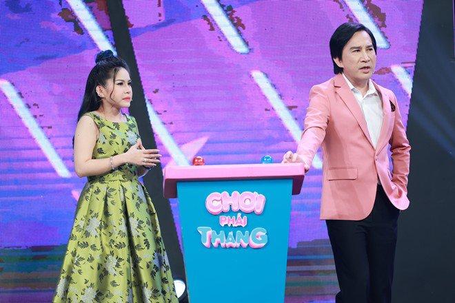 'Thánh ăn gian' Kim Tử Long có hành động gây cảm phục trên truyền hình - Ảnh 1.