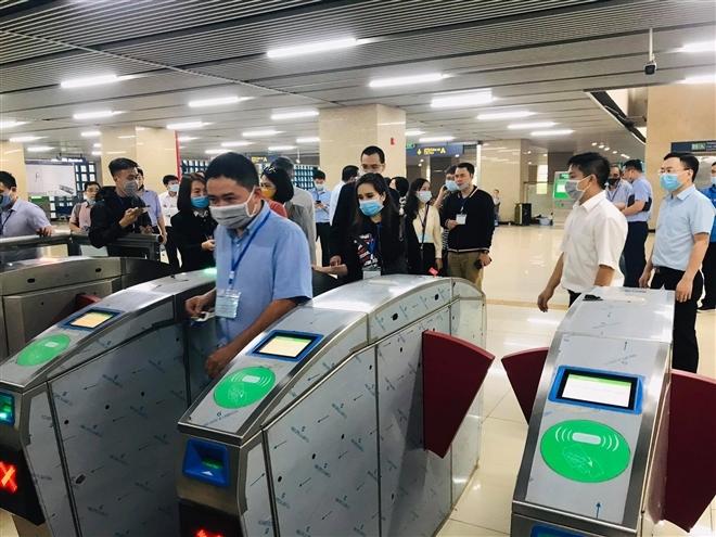 Hành khách sẽ đi tàu đường sắt trên cao Cát Linh - Hà Đông thế nào? - Ảnh 25.