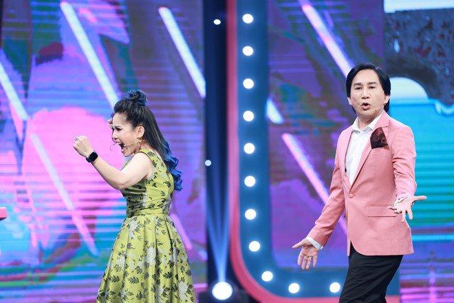 'Thánh ăn gian' Kim Tử Long có hành động gây cảm phục trên truyền hình - Ảnh 7.