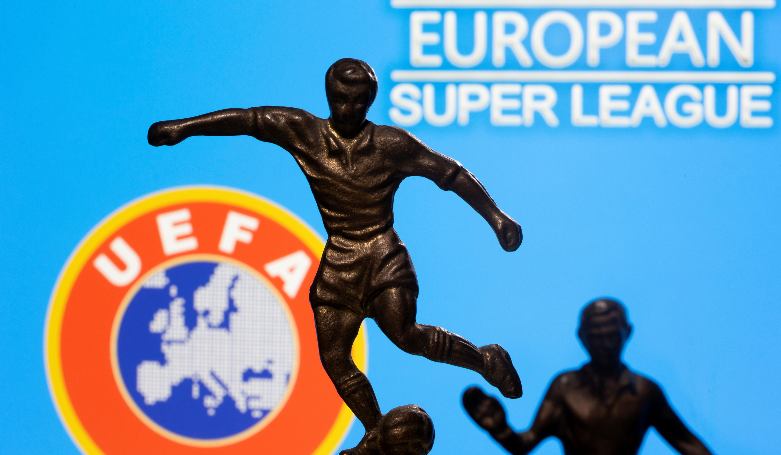 Real Madrid, Barcelona thắng kiện UEFA vụ European Super League