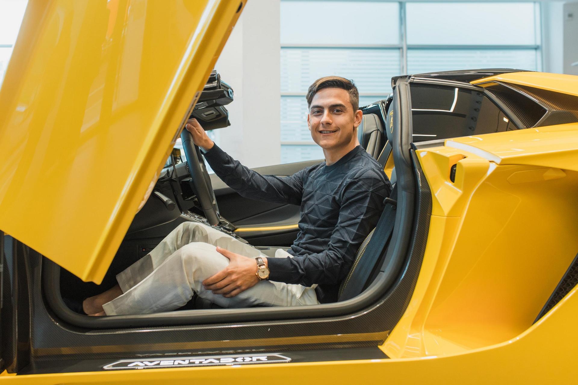 Chi tiết siêu xe Lamborghini Aventador S Roadster của Paulo Dybala - Ảnh 5.