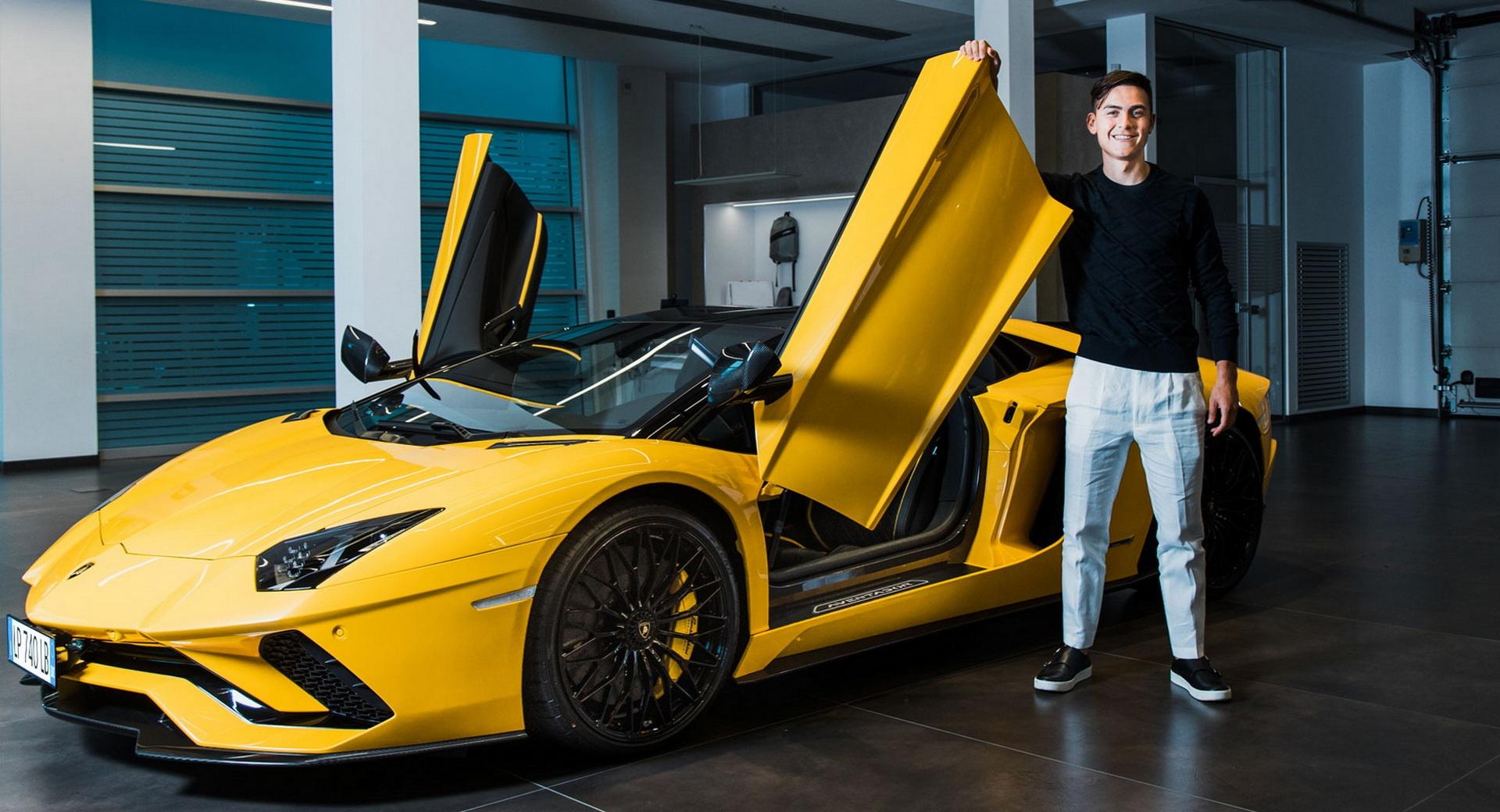 Chi tiết siêu xe Lamborghini Aventador S Roadster của Paulo Dybala - Ảnh 2.