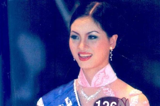 Cuộc sống 'bí ẩn' của Top 3 Hoa hậu Việt Nam 2002 - Ảnh 6.