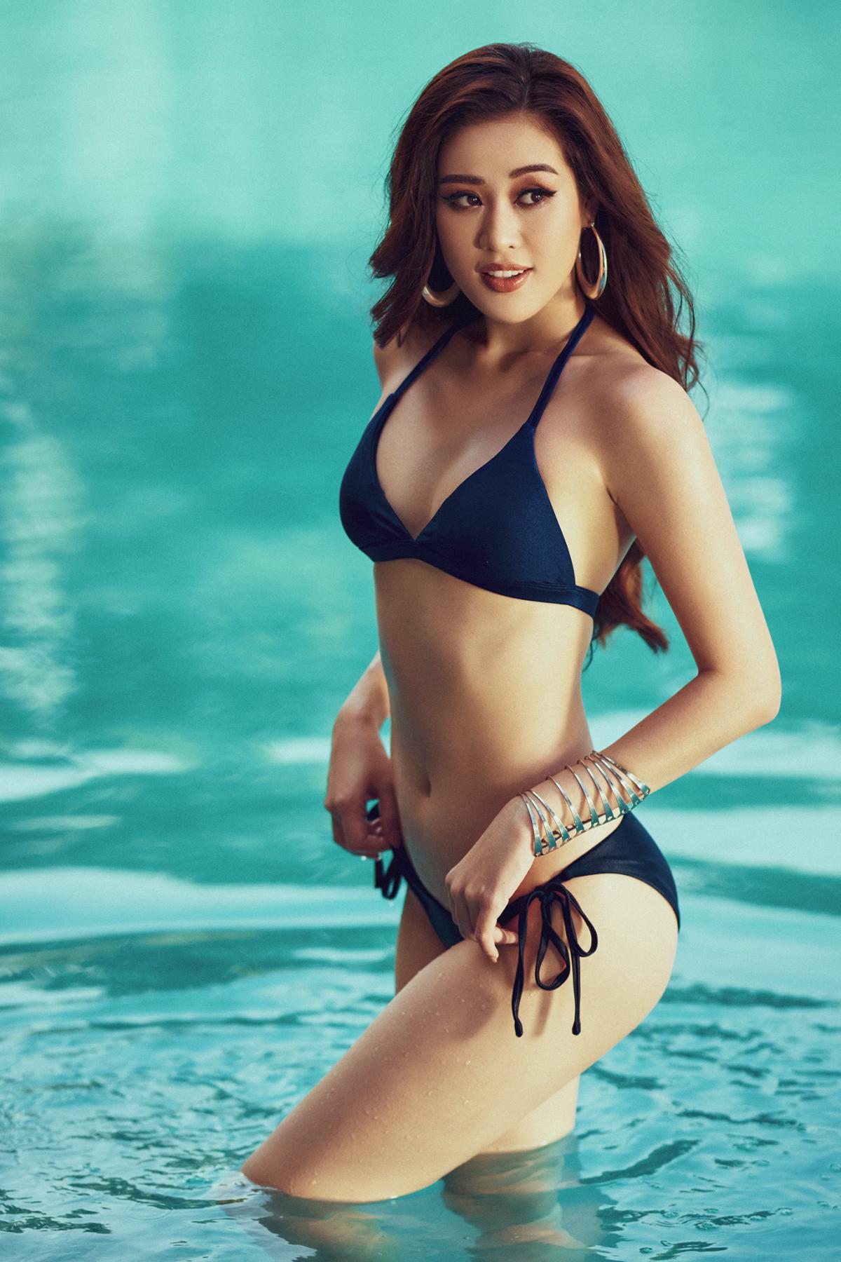 Mãn nhãn bộ ảnh bikini nóng bỏng của Hoa hậu Khánh Vân tại hồ bơi - Ảnh 1.